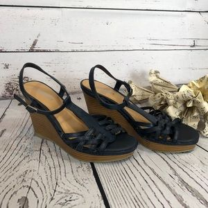 Old Navy size 8 Navy Caged Wedge Sandal